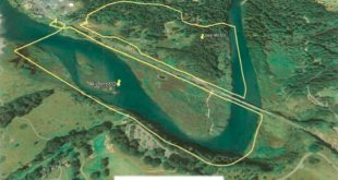 The yellow lines in this photo show the approximate boundaries of the Mill Bend (lower left) and Lower Mill Bend properties. Photo courtesy the Mill Bend Coalition.